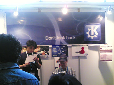 KDE Booth at foss.in 2008